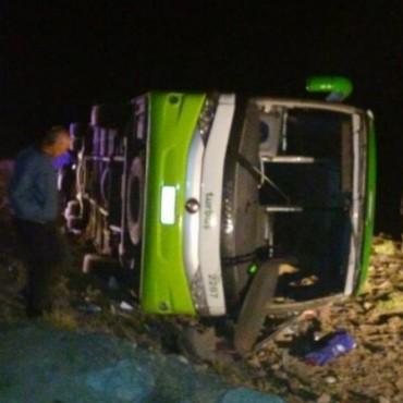 La justicia imputó por homicidio al chofer del micro que volcó en Mendoza