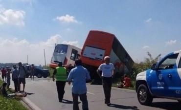Más de 10 personas murieron en el accidente de la Ruta Nacional 33