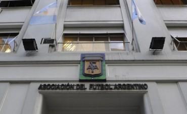 La AFA aprobó la disolución de los torneos federales B y C