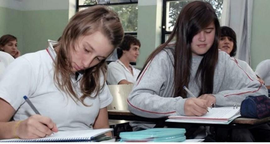 Alumnos santafesinos mejoraron su rendimiento en la evaluación Aprender