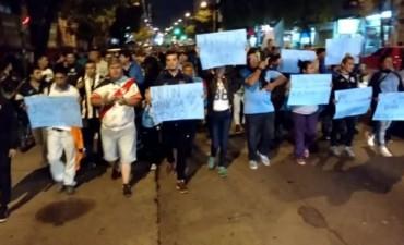 Hinchas de Belgrano y Talleres marcharon juntos por Emanuel
