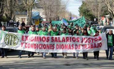 Santacruceños marcharon nuevamente en Río Gallegos