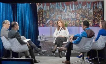 Cristina Fernández no descartó presentarse como candidata en las legislativas
