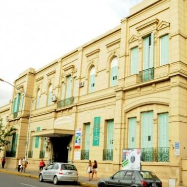El hospital Cullen mantiene toda la semana la reducción del ingreso en horarios de visitas