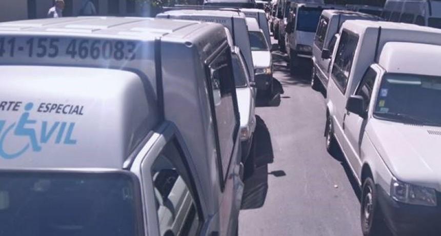 Transportistas reclamarán en el Iapos por falta de pago