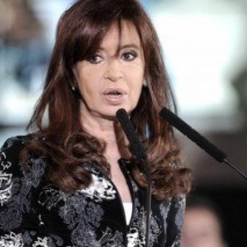 La justicia procesó a Cristina Fernández y a sus hijos por la causa Hotesur