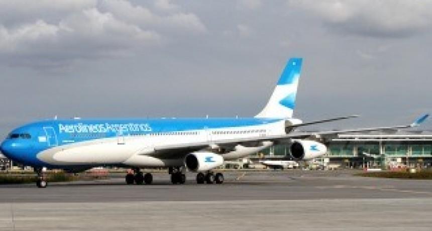 Advertencia de Aerolíneas Argentinas por ofertas engañosas de pasajes