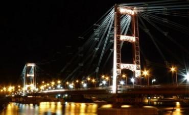 El Puente Colgante será iluminado con luces LED de colores