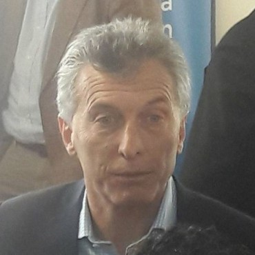 Mauricio Macri será operado mañana