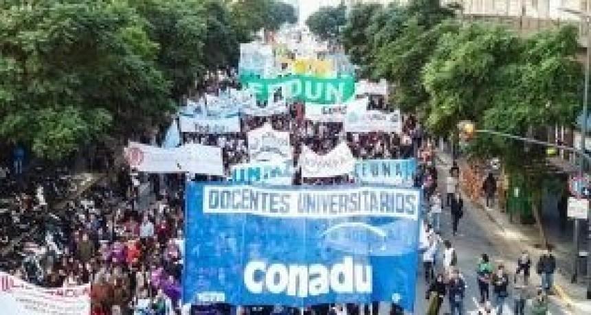 Conadu Histórica ratificó el paro tras rechazar la oferta salarial del Gobierno