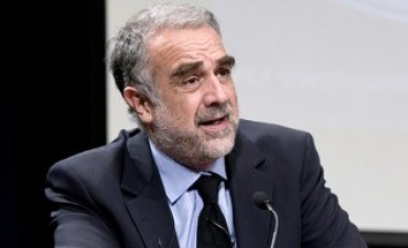 La Corte Penal Internacional investigará denuncias contra Luis Moreno Ocampo