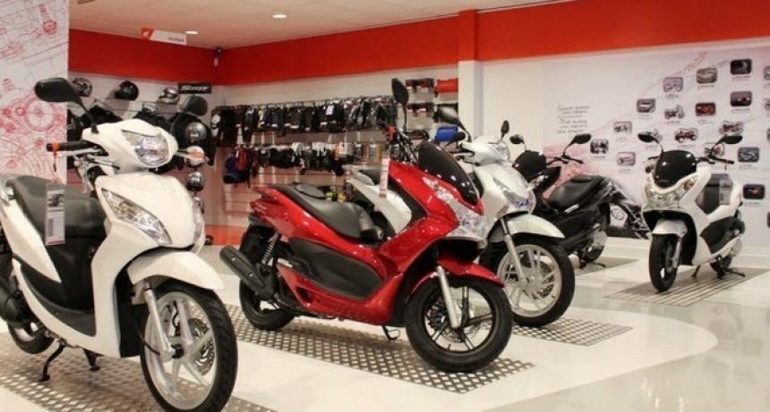 La venta de autos y motos cero kilómetro retrocedió en septiembre