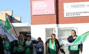 Los trabajadores de los Samcos de barrio El Pozo y Rincón se encuentran en estado de asamblea permanente
