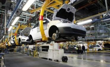 La producción automotriz cayó 3,7 por ciento en noviembre