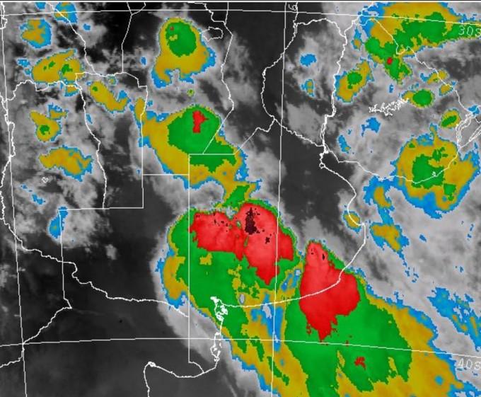 Alerta meteorológica por probables tormentas fuertes en centro y sur de Santa Fe