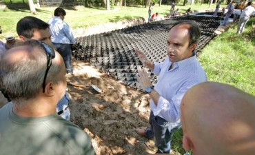 Comenzaron a instalar el sistema de geoceldas en las calles de Colastiné