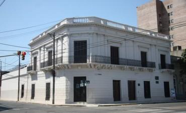 Un archivero pide garantizar la conservación del material de la Casa del Brigadier