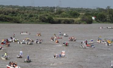 La Provincia trabajaba para evitar la contaminación del río en la maratón Santa Fe-Coronda
