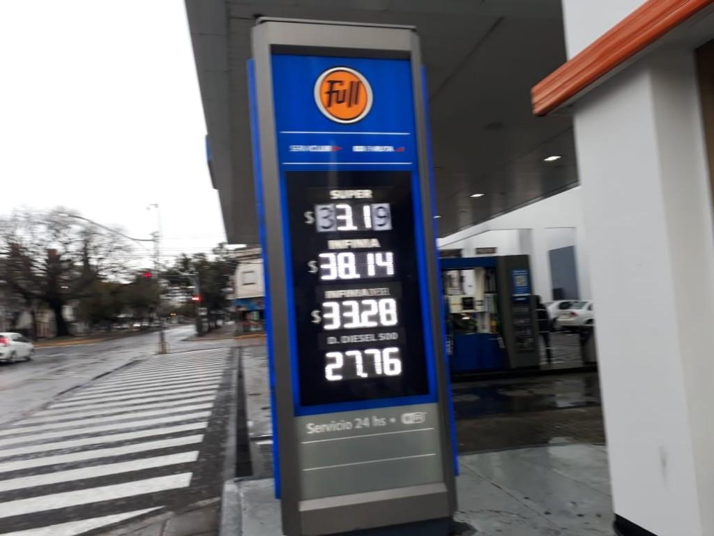 La venta de combustibles retrocedió entre siete y diez por ciento en diciembre