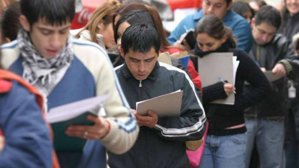 El empleo registrado descendió 1,4 % en noviembre
