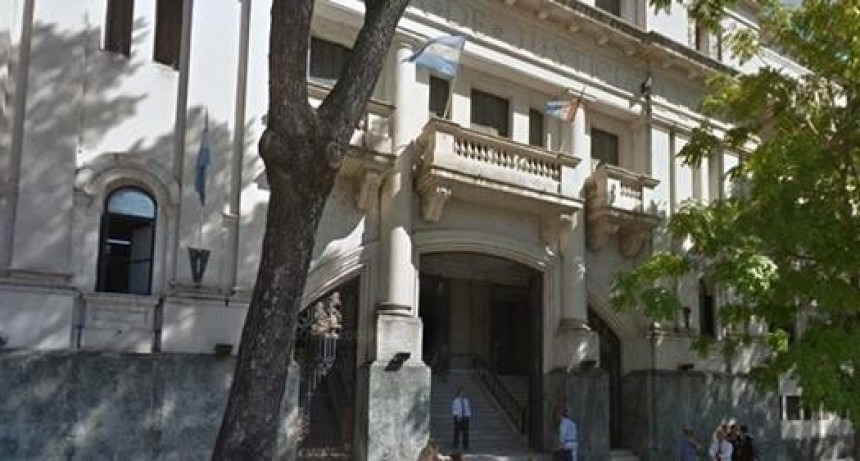 Seis policías quedaron detenidos por colocar datos falsos en un acta de procedimiento