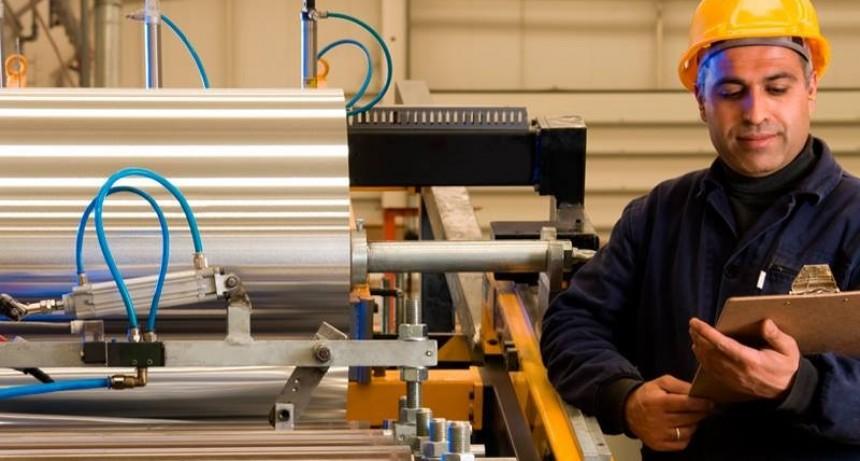 La producción fabril retrocedió 2,5 por ciento en 2018