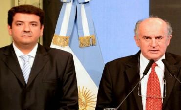 Un fiscal imputó a Parrilli y Mena por presunto tráfico de influencias