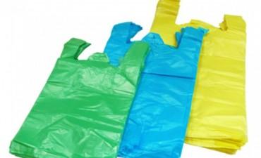 Supermercados y autoservicios de la ciudad no deberán entregar bolsas camiseta desde el 1° de marzo