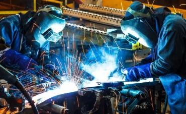 La industria acumuló doce meses de contracción en enero