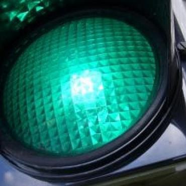 El Municipio extenderá el parpadeo de la luz verde a todos los semáforos