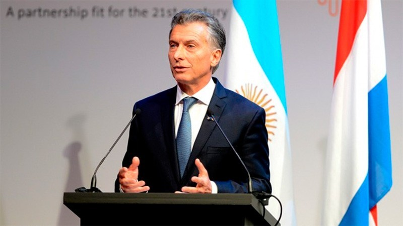 Mauricio Macri recibe a familiares de víctimas de la tragedia de Once