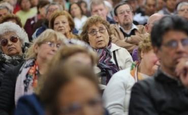 Jubilados cobrarán 5,71 por ciento de aumento desde marzo
