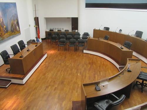 El Concejo municipal rechazó el empréstito requerido por el intendente Corral