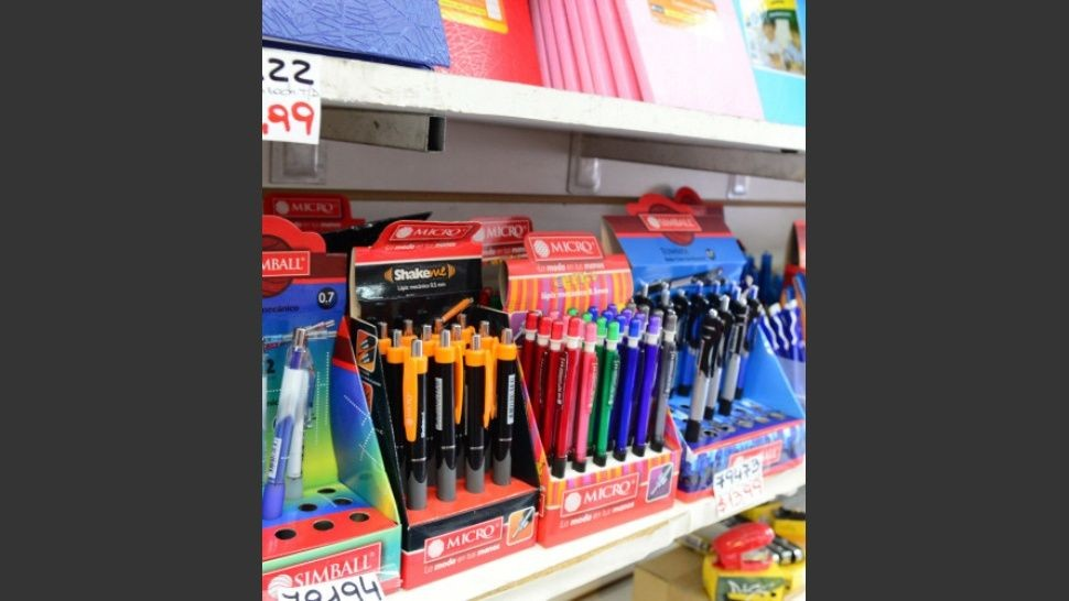 Un tercio de hogares reutilizará útiles escolares del año pasado para volver a clases
