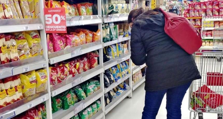 Ventas en supermercados retrocedieron 8,7 por ciento en diciembre