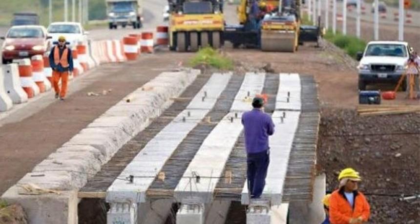 La obra pública paralizada hace seis meses por la deuda que posee la provincia con las empresas