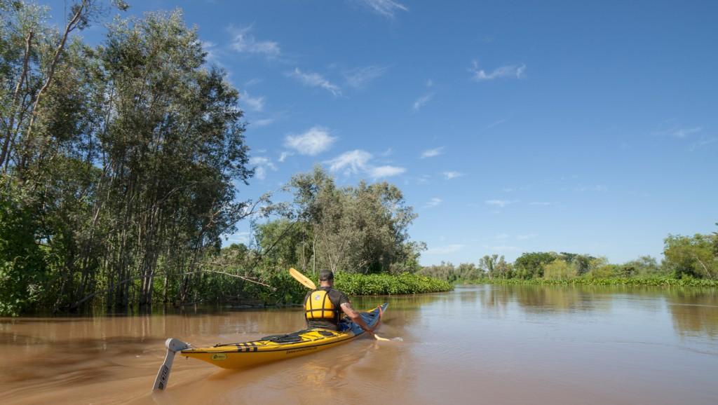 Inician los trabajos para que el terreno cercano al Riacho Santa Fe vuelva al estado previo a la intervención