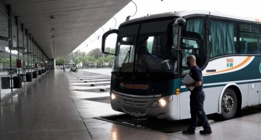 Deben retomarse los servicios de transporte de pasajeros con jurisdicción en Santa Fe
