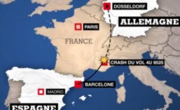 Ciento cuarenta y ocho pasajeros murieron al estrellarse un avión germano en los alpes franceses