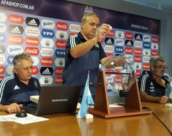 Árbitros sorteados para la fecha quince de Primera División