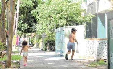 El noventa por ciento de los niños de barrio El Pozo tendría parásitos