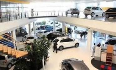 Las ventas financiadas de autos se desaceleraron en febrero