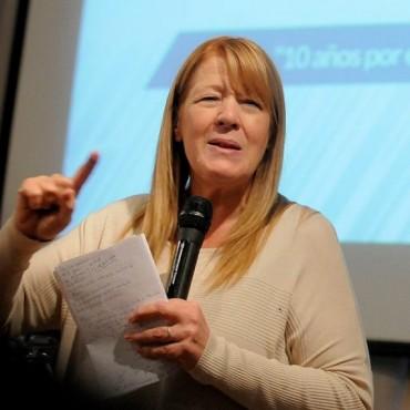Margarita Stolbizer realizó nuevas presentaciones judiciales sobre propiedades supuestamente no declaradas por los Kirchner
