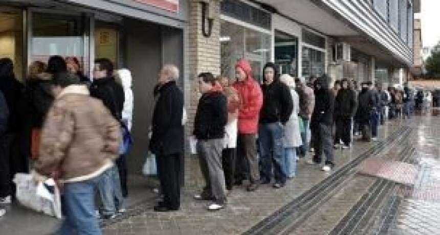 La desocupación bajó en el cuarto trimestre de 2017