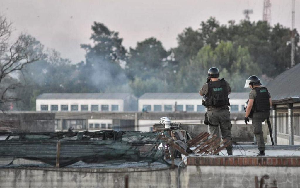 Disturbios en la cárcel de Las Flores y Coronda