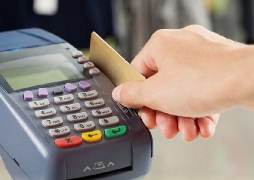 Tres de cuatro comercios no tienen posnets para la devolución del quince por ciento de IVA
