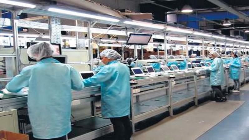 Cae la fabricación de electrónicos