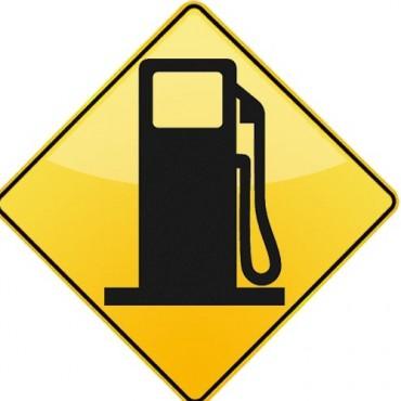 El Gobierno anunció bajas en el precio del gasoil y la nafta