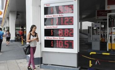 Las estaciones de servicio amenazan con parar el 12 de abril