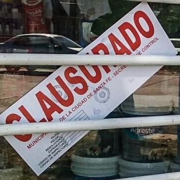 El Municipio clausuró dos comercios por el arrojo de desechos en espacios públicos